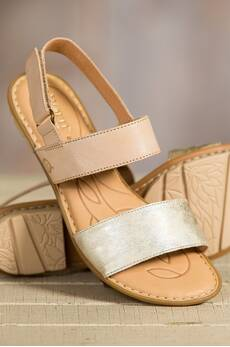 Women's Born Wendy Two-Tone Flat Sandals
